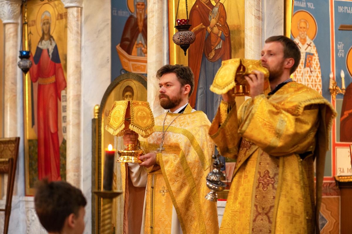 Служение проректора по воспитательной работе в день памяти святого великомученика Димитрия Солунского