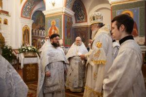 В день праздника Собора Пресвятой Богородицы ректор семинарии совершил Литургию в Свято-Покровском соборе города Витебска
