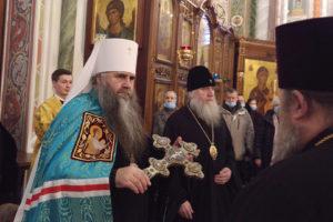 Ректор Витебской духовной семинарии помолился в Александро-Невском кафедральном соборе Нижнего Новгорода