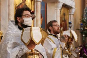 В Неделю 31-ю по Пятидесятнице первый проректор Витебской духовной семинарии совершил Литургию в храме Воскресения Христова,