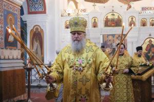В Неделю о блудном сыне ректор семинарии совершил Литургию в Свято-Покровском соборе города Витебска
