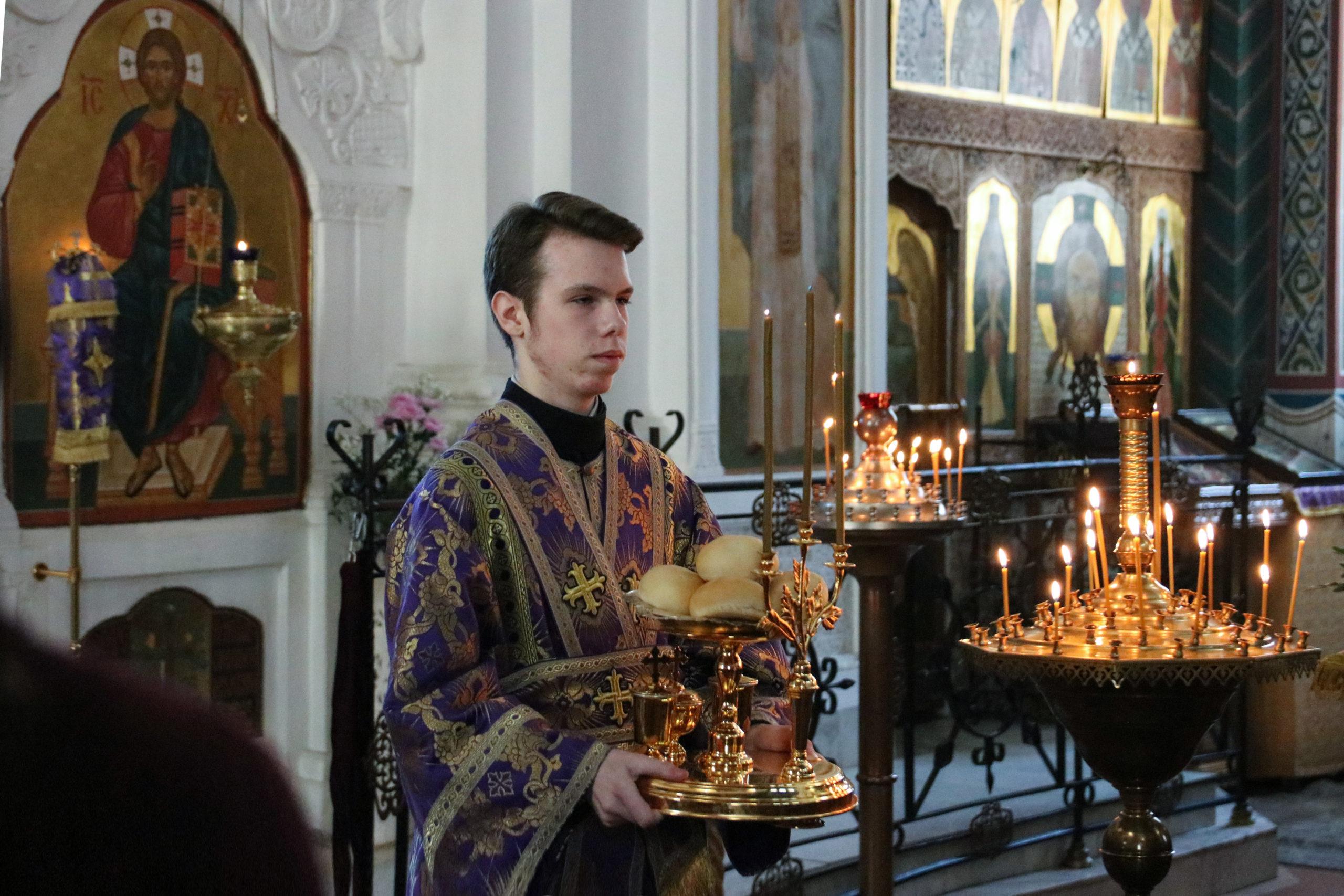 В канун Недели 2-ой Великого поста ректор семинарии совершил всенощное бдение в Свято-Покровском соборе города Витебска