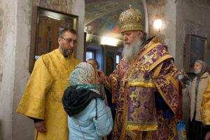 В канун Недели 5-й Великого поста ректор семинарии совершил всенощное бдение в храме святой великомученицы Ирины