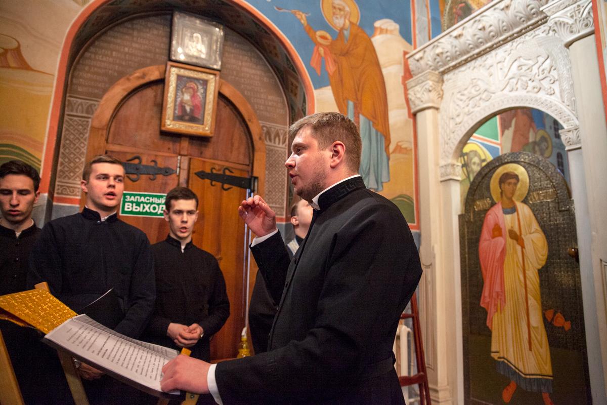 Служение митрополита Вениамина в канун праздника Благовещения Пресвятой Богородицы. Фоторепортаж