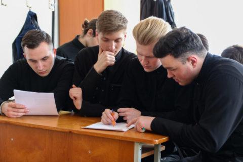 В семинарии прошла игра-квест, посвященная святому благоверному князю Александру Невскому