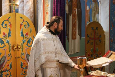 В Лазареву субботу семинаристы помолились в храме Воскресения Христова города Витебска