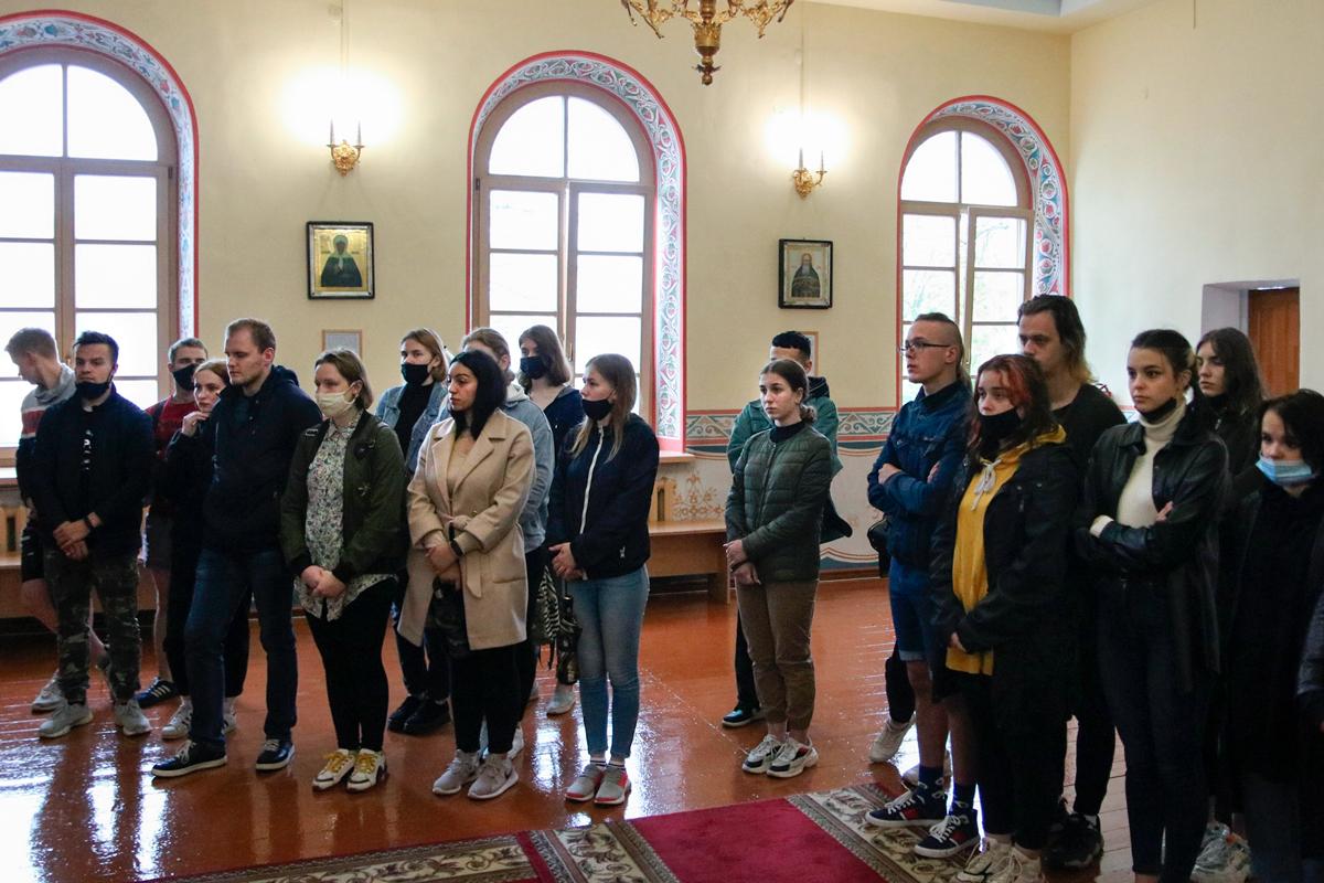 Проректор по воспитательной работе провел экскурсию для студентов Витебской государственной академии ветеринарной медицины