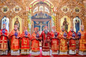 В Светлую среду ректор семинарии сослужил митрополиту Нижегородскому и Арзамасскому Георгию в в Свято-Троицком Серафимо-Дивеевском женском монастыре