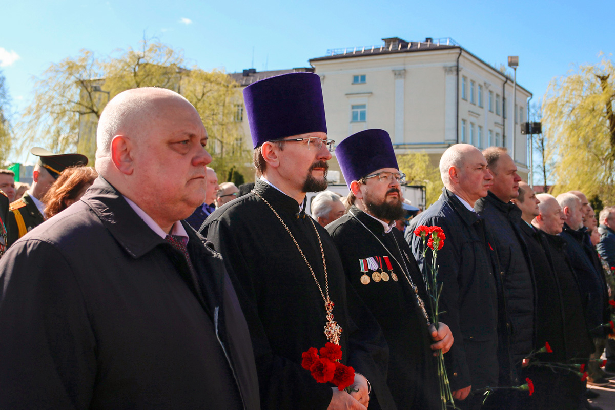 Первый проректор семинарии принял участие в праздничном шествии по случаю Дня Победы