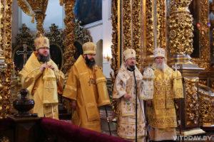 Ректор семинарии сослужил митрополиту Вениамину в Свято-Успенском кафедральном соборе города Смоленска