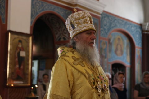 В Неделю 3-ей седмицы по Пятидесятнице, ректор семинарии совершил Литургию в Свято-Покровском соборе города Витебска
