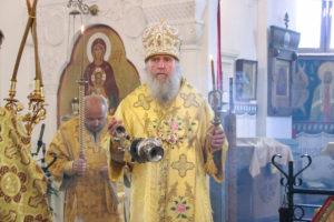 В канун Недели 8-й по Пятидесятнице ректор семинарии совершил всенощное бдение в Свято-Покровском соборе города Витебска
