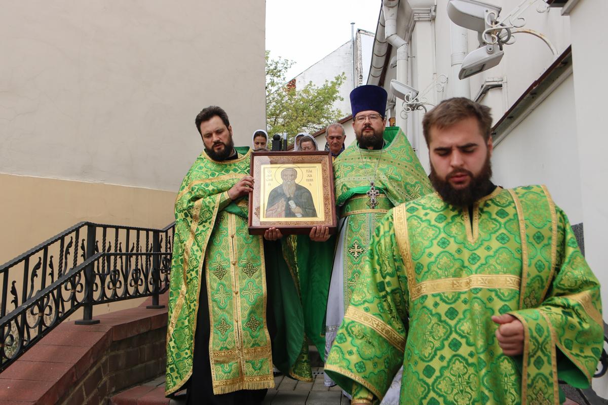 В день памяти святого преподобного Антония Римлянина первый проректор семинарии совершил Литургию в одноименном храме города Витебска
