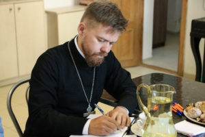 Проректор по воспитательной работе принял участие в рабочей встрече союза православных женщин Витебской епархии