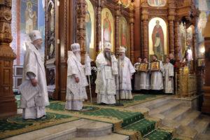 В Неделю 9-ю по Пятидесятнице ректор семинарии сослужил митрополиту Ташкентскому и Узбекистанскому Викентию в Александро-Невском кафедральном соборе Нижнего Новгорода